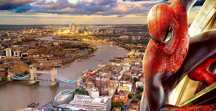 R2743 Spider Man London Canvas Wall Art Canvas Print